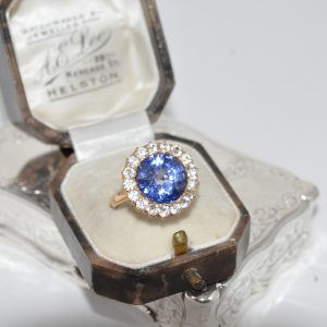 18ct Yellow Gold Tanzanite And Diamond Ring